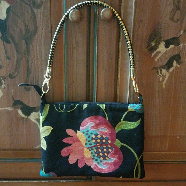 Clutch Summer Floral-Black Image